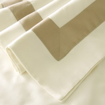 King size duvet cover - Cambridge style 230 x 220cm