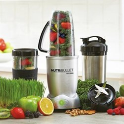 Juicer and blender with 12 accessories H35 x W14 x D14cm