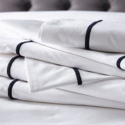 Savoy - 400 Thread Count Egyptian Cotton Double flat sheet, W230 x L275cm, White/Silver