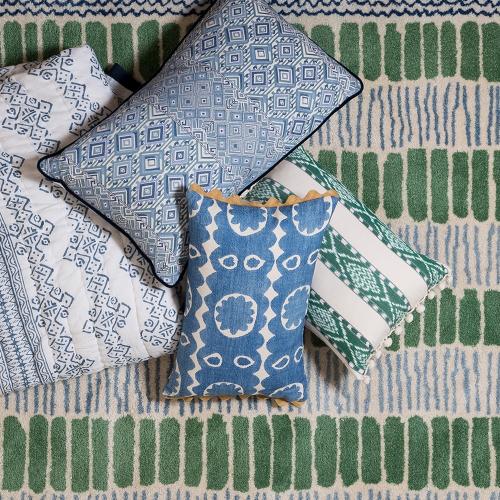 Oakleaves Cushion, 50 x 50cm, blue