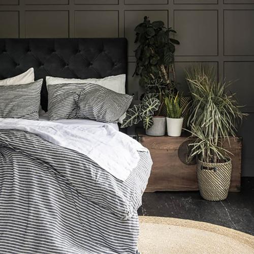 Bedding Bundle Kingsize set, 225 x 220cm, Midnight Stripe