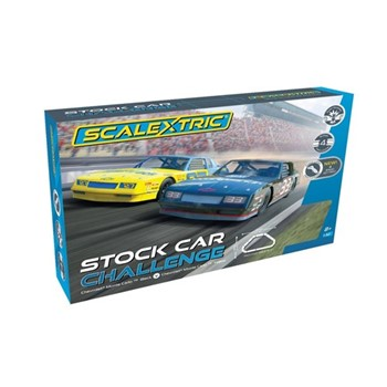 Chevy Monte Carlo vs Chevy Monte Carlo Stock car challenge, track length: 484cm