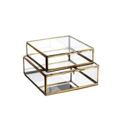Bequai Box, 18 x 18 x 5.5cm, antique brass with mirror base