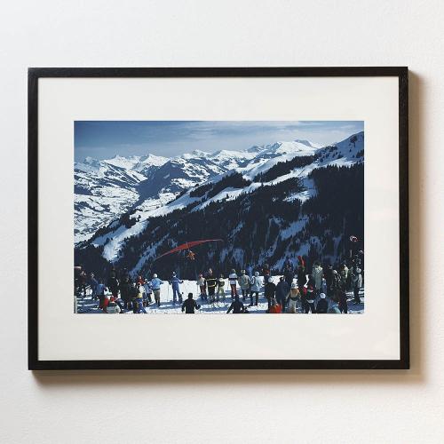 Slim Aarons - Hang Gliding Framed photograph, H56 x W71cm
