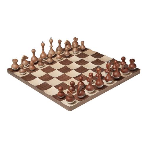 Wobble Chess set, 38 x 38 x 3cm, Walnut