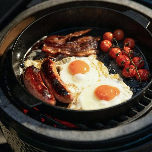 Large IntEGGrated Nest Bundle Barbecue set