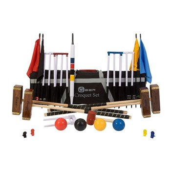 Pro Pro croquet set, with hardwood mallets