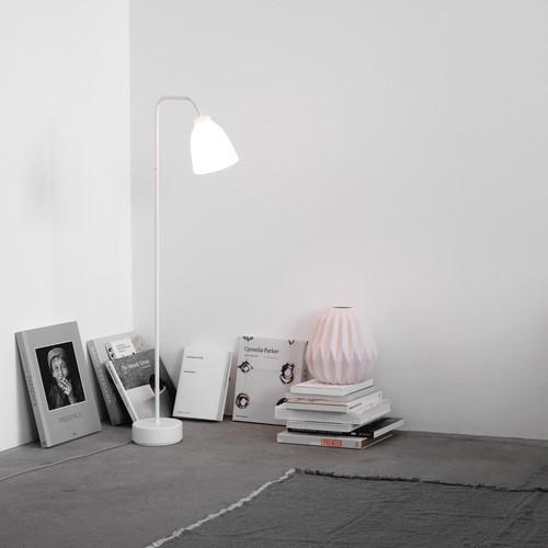 Caravaggio Read Floor lamp, H110 x Dia16cm, Opal