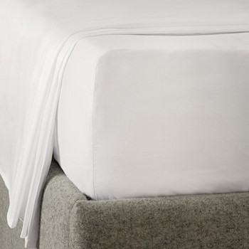 Savoy - 400 Thread Count King size deep fitted sheet, W150 x L200 x D34cm, white