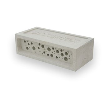 Bee Brick Bee house, 21.5 x 10.5 x 6.5cm, concrete