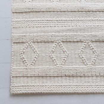 Kinna Diamond rug, 180 x 120cm, ivory