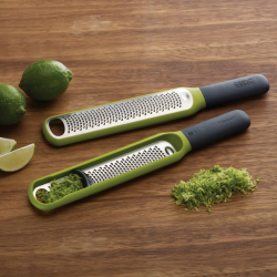 Handi-Grate Zester with integrated blade wiper, Green