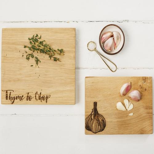 Garlic Chopping board, 19 x 14 x 4.2cm, Engraved Illustration