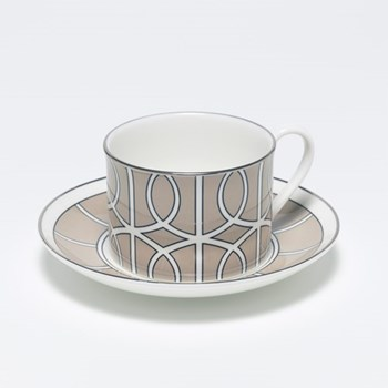 Teacup and saucer H8.4cm - Saucer 15cm