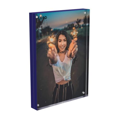 Skittle Magnet frame, H13 x W18cm, Indigo