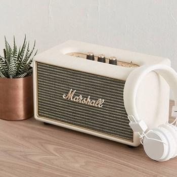 Acton Bluetooth speaker, H16 x W26.5 x D15cm, cream