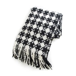 Houndstooth Throw, W129.54 x L170.18cm, black & ivory