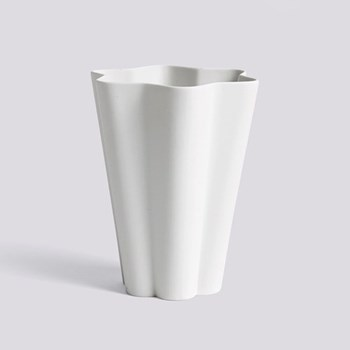 Iris Large ceramic vase, H17 x L14cm, off white