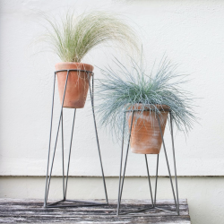 Jara Small terracotta planter with stand, D44 x 25 x 24cm, Terracotta/Iron