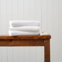 Brixton Pair of bath towels, 70 x 125cm, White