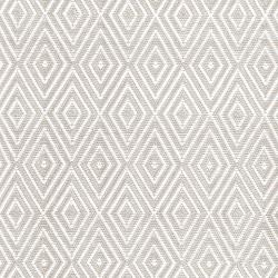 Diamond Polypropylene indoor/outdoor rug, W183 x L274cm, platinum white