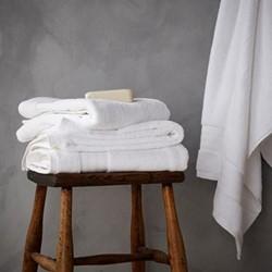 Egyptian Cotton Bath towel, 70 x 127cm, white
