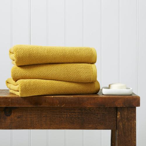 Brixton Pair of bath towels, 70 x 125cm, saffron