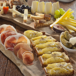 Cheese tasting for two at Champagne + Fromage