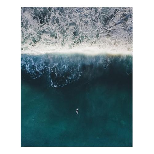 Ocean Waves Mounted print, H63.5 x W51cm, Perspex