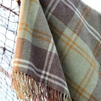 Urquhart Merino wool throw, 220 x 155cm, urquhart