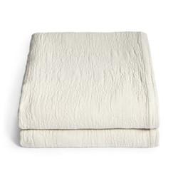 Matelassé blanket super king