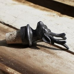 Stag Bottle stopper, H9 x L3.5 x W4cm, antique iron