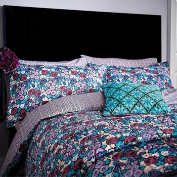 Twilight Garden King size duvet cover, L220 x W230cm, lavender