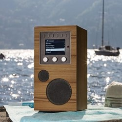 Amico Portable smart speaker, L24.2 W12.4 x H14.9cm, teak black