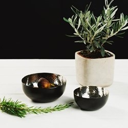 Pair of nesting bowls, 16.5 x 8 / 12.5 x 6cm, stainless steel with black coating
