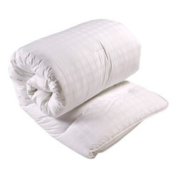 Superior Soft Touch Anti-Allergy - 13.5 Tog Super king size duvet, L260 x W220cm, white