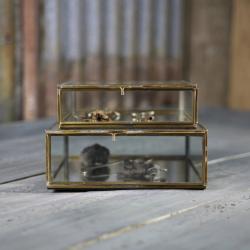 Bequai Box, 18 x 18 x 5.5cm, Antique Brass With Mirror Base
