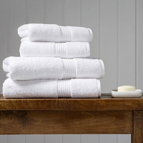 Supreme Hygro Pair of bath towels, 75 x 137cm, White