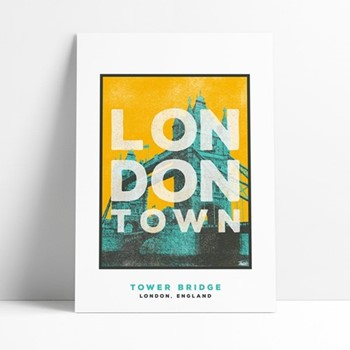 Tower Bridge Framed print, L29 x H42cm, multi