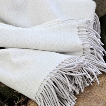 Swan Wool and cotton mix throw, 220 x 155cm, swan