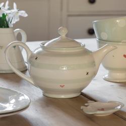 Honey Bees Teapot, 4 cup