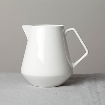 Arctic Extra large jug, 19 x 16 x 20, gloss white