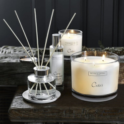 Cassis Large 3-wick candle, H11.5 x W14 x L14cm