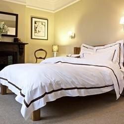 Mono - 800 Thread Count Super king size duvet cover, W260 x L220cm, espresso on white sateen cotton