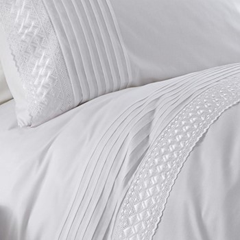 Easy care double duvet and pillow set 200 x 200cm
