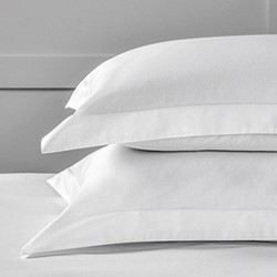 Savoy Stripe - 400 Thread Count Standard oxford stripe pillowcase, 50 x 75cm, white