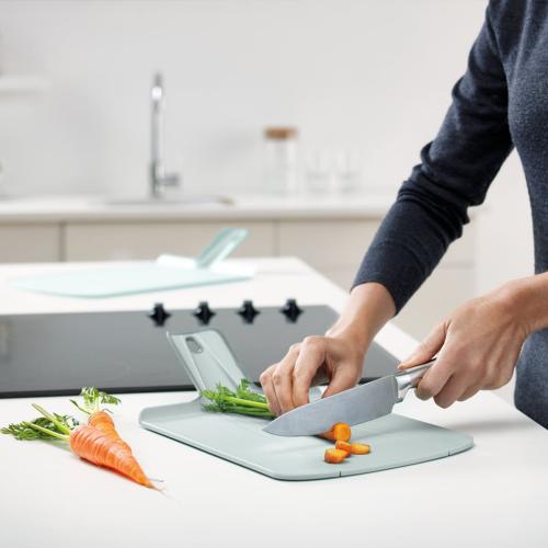 Chop2Pot Plus Small folding chopping board, 22 x 26cm, Dove Grey
