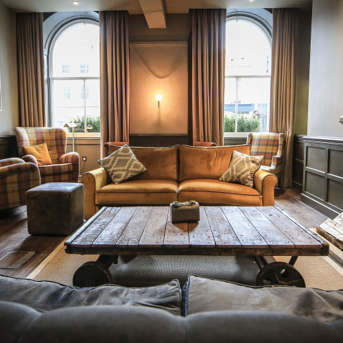 Gift Voucher towards one night at Kings Head Hotel for two, Cotswolds