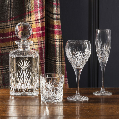 Kintyre Pair of small wine glasses, H19.5cm