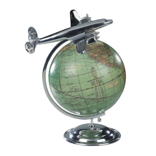 On top of the world Globe, H31 x W26.5 x L22cm, Polished Aluminium